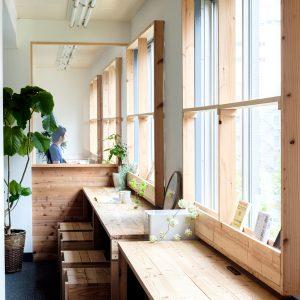 無垢の杉香る田町オフィスリノベーション